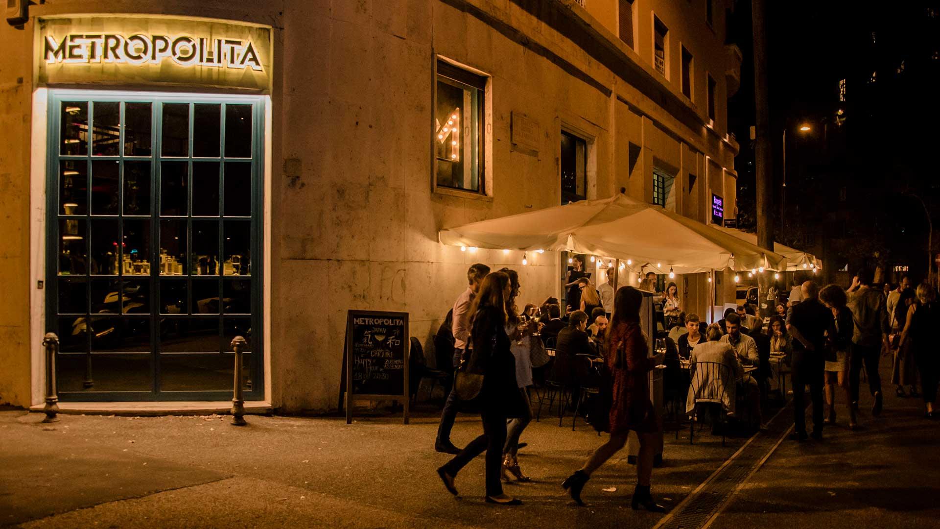 Metropolita Roma - Esterni